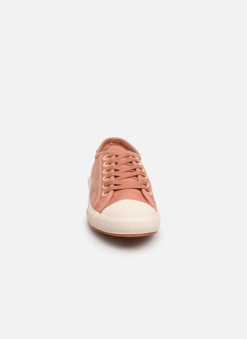 Sneakers TBS Bullits Rosa modello indossato