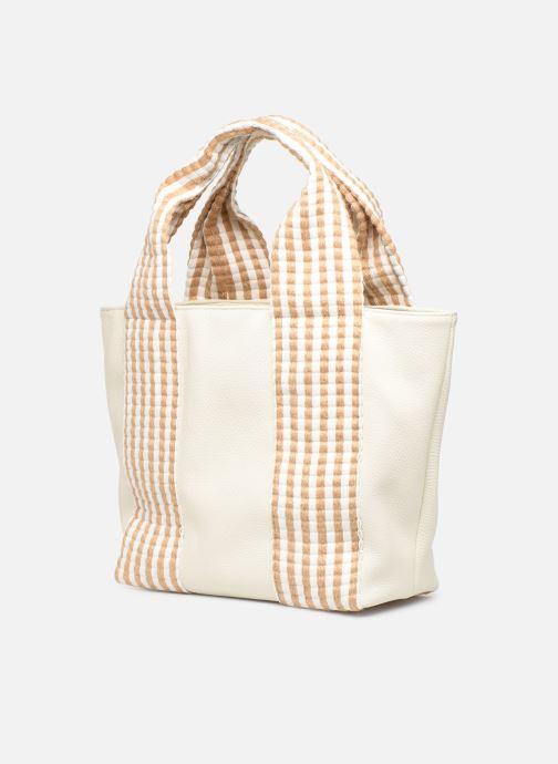 Handbags Arron DALLARO White model view