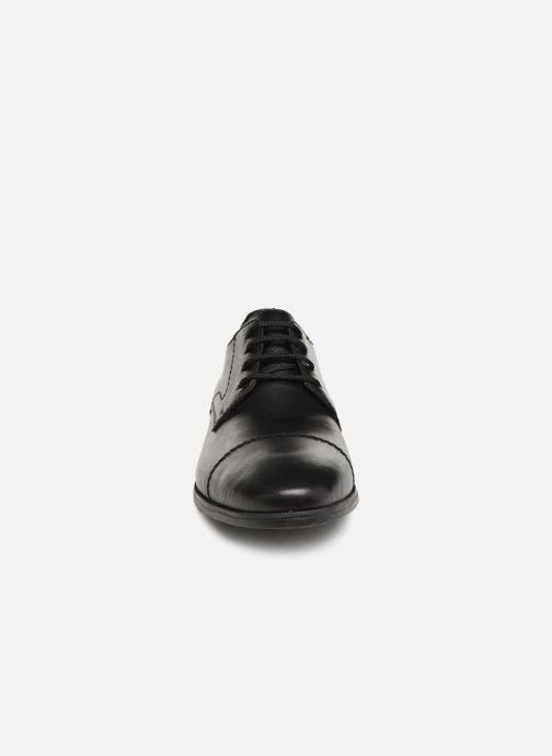 Veterschoenen Rieker Manoa 11610 Zwart model