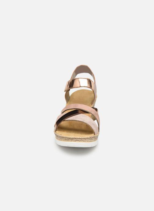 Sandales et nu-pieds Rieker Nawa 61900 Or et bronze vue portées chaussures