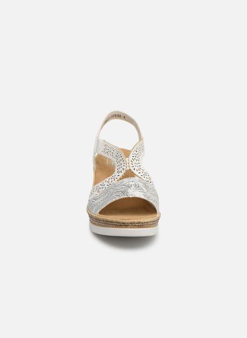 Sandales et nu-pieds Rieker Edna Blanc vue portées chaussures