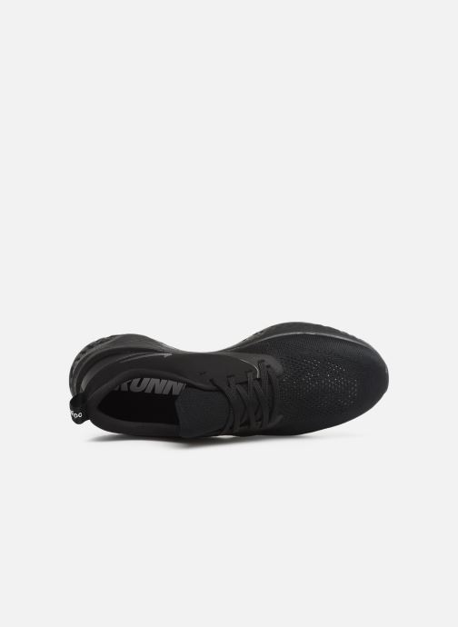 Sportssko Nike Nike Odyssey React 2 Flyknit Sort se fra venstre
