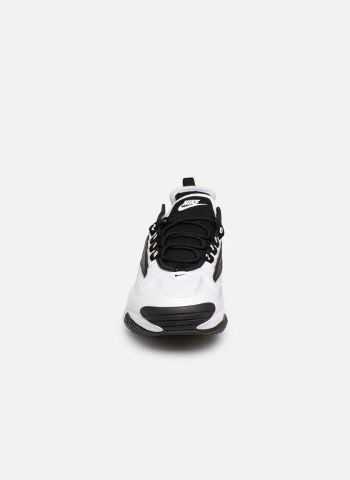 Baskets Nike Nike Zoom 2K Blanc vue portées chaussures