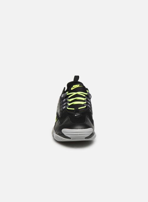 Deportivas Nike Nike Zoom 2K Negro vista del modelo