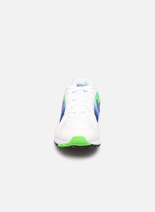 Baskets Nike Nike Air Skylon Ii Blanc vue portées chaussures