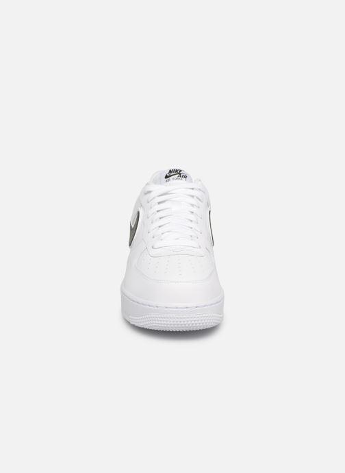 Deportivas Nike Air Force 1 '07 3 Blanco vista del modelo