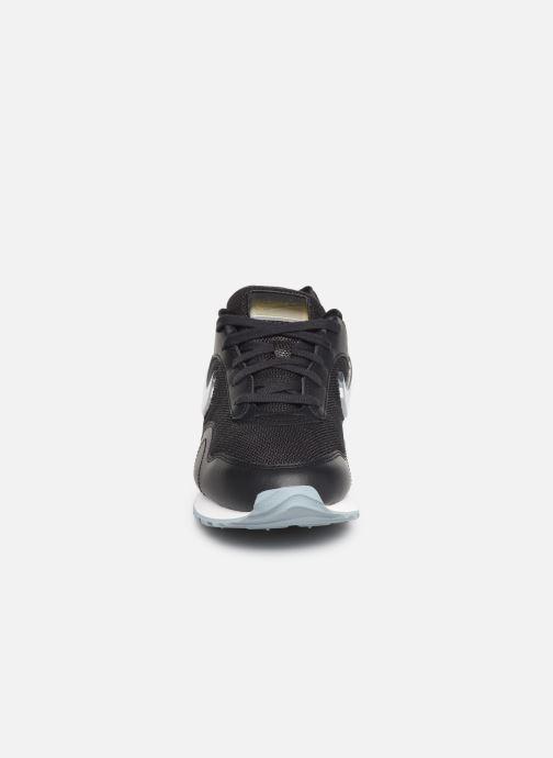 Baskets Nike W Nike Outburst Prm Noir vue portées chaussures