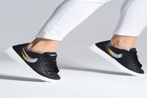 Sneakers Nike W Blazer Low Lx Grå bild från under