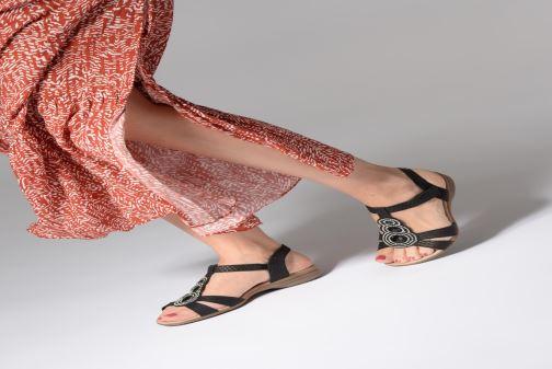Sandales et nu-pieds Remonte Maria Noir vue bas / vue portée sac