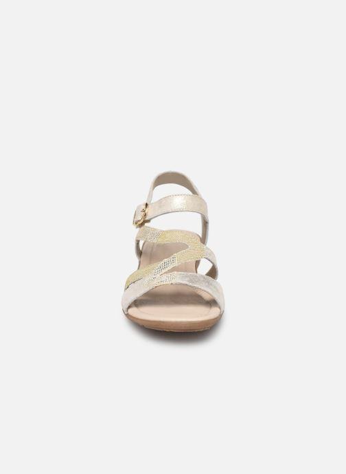 Sandales et nu-pieds Remonte Dulce R3651 Or et bronze vue portées chaussures