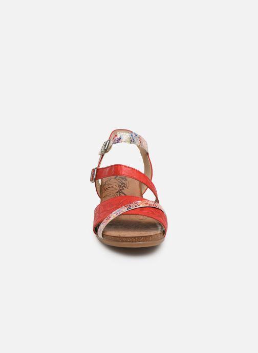 Sandales et nu-pieds Remonte Mei R4453 Rouge vue portées chaussures