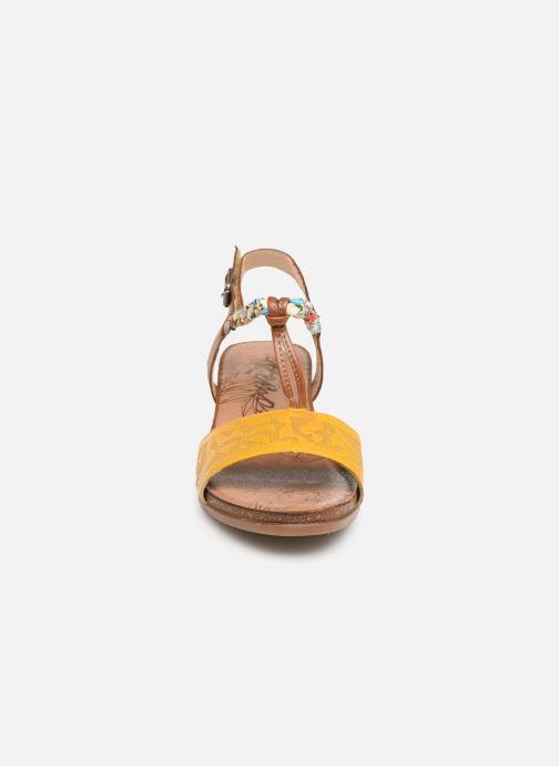 Sandales et nu-pieds Remonte Alia R4459 Jaune vue portées chaussures