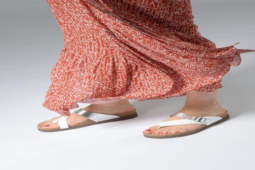 Sandales et nu-pieds Mephisto Helen Mix Argent vue bas / vue portée sac