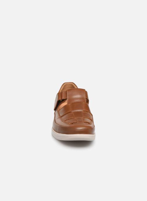 Sandales et nu-pieds Mephisto Tarek Marron vue portées chaussures