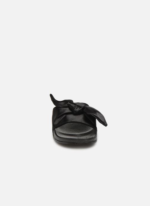 Mules et sabots Victoria Cala Lazo Raso Noir vue portées chaussures