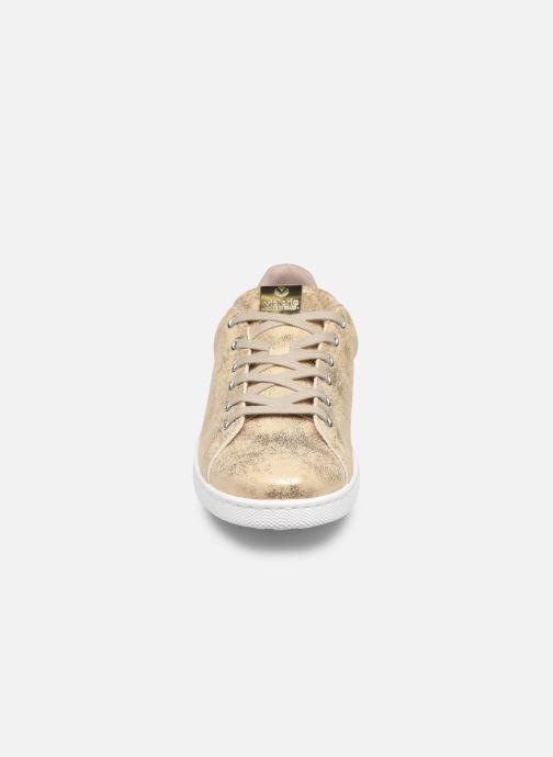 Baskets Victoria Tenis Metalizado Or et bronze vue portées chaussures