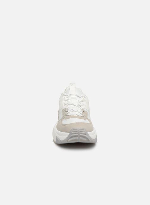 Baskets Victoria Aire Nylon/Serraje Pu Blanc vue portées chaussures