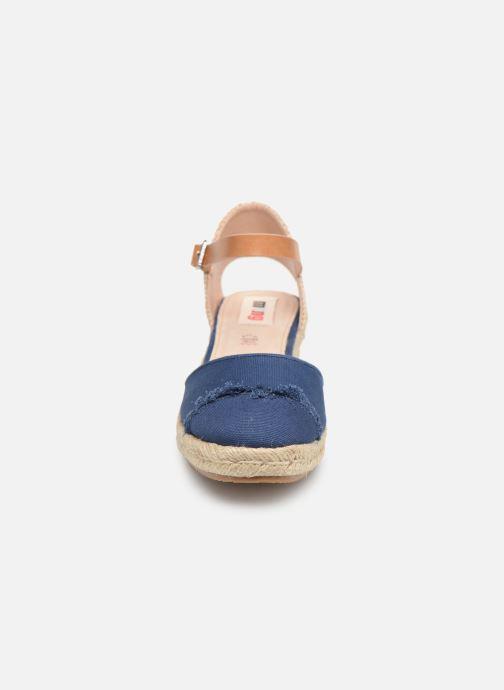 Espadrilles MTNG 50542 Bleu vue portées chaussures