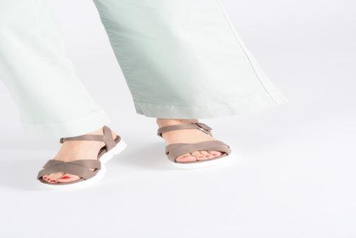 Sandalen MTNG 51086 braun ansicht von unten / tasche getragen