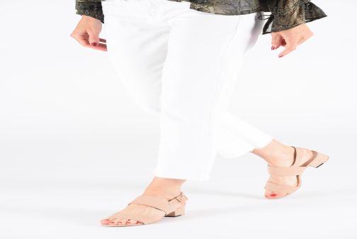 Sandales et nu-pieds MTNG 57932 Noir vue bas / vue portée sac