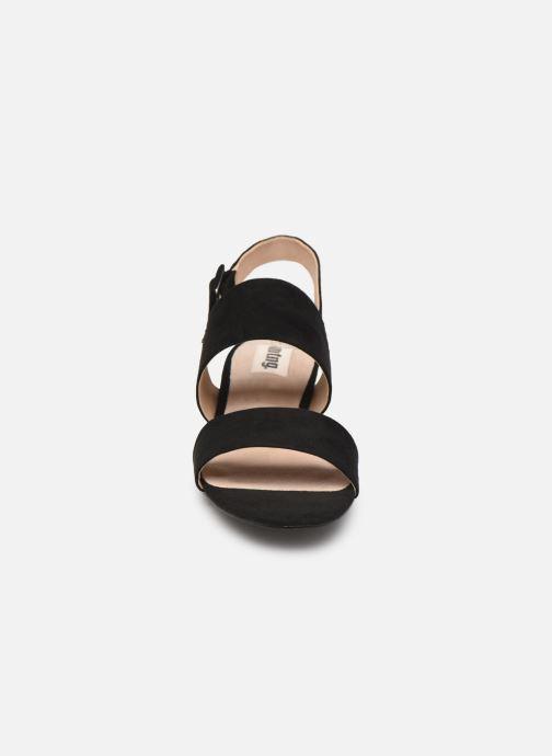 Sandales et nu-pieds MTNG 57932 Noir vue portées chaussures