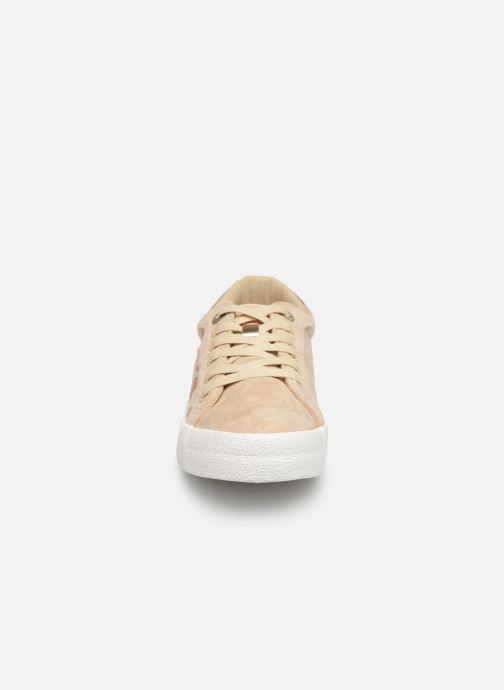 Sneakers MTNG 69439 Beige modello indossato