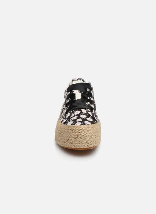 Baskets MTNG 69476 Noir vue portées chaussures