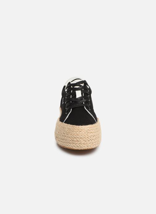 Baskets MTNG 69492 Noir vue portées chaussures