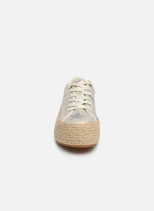 Baskets MTNG 69492 Argent vue portées chaussures