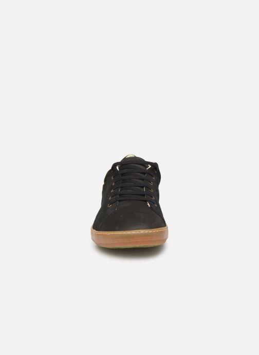 Baskets El Naturalista Meteo NF64 Noir vue portées chaussures