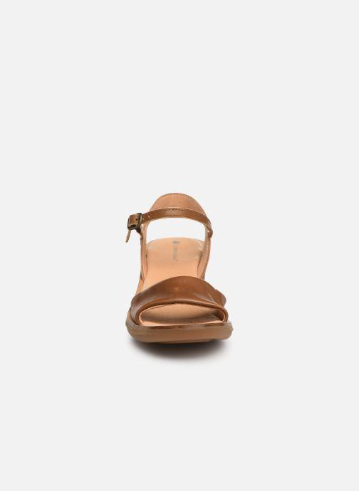 Sandales et nu-pieds El Naturalista Vaquetilla N5350 Marron vue portées chaussures