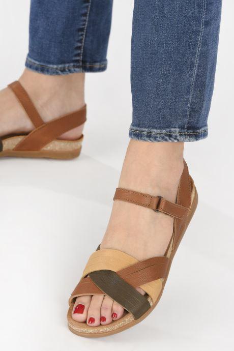 Sandales et nu-pieds El Naturalista Zumaia N5242 Marron vue bas / vue portée sac
