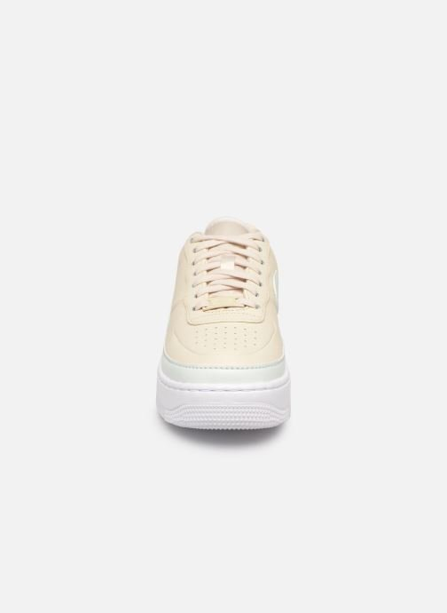 Baskets Nike W Af1 Jester Xx Beige vue portées chaussures