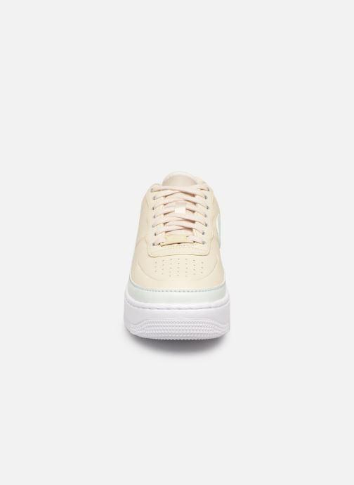 Baskets Nike W Af1 Jester Xx Beige vue portées chaussures
