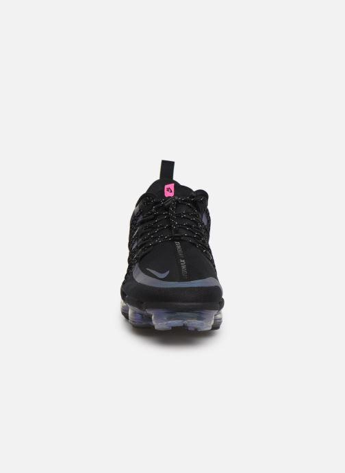 Deportivas Nike Nike Air Vapormax Run Utility Negro vista del modelo