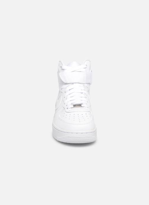Baskets Nike Wmns Air Force 1 High Blanc vue portées chaussures