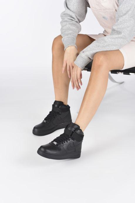 Baskets Nike Wmns Air Force 1 High Noir vue bas / vue portée sac