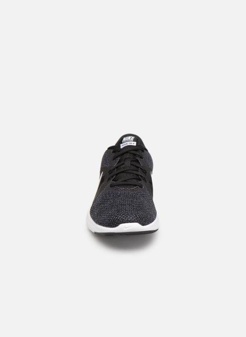 Sportskor Nike W Nike Flex Trainer 8 Svart bild av skorna på