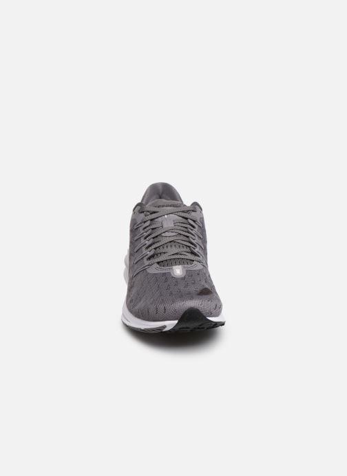 Chaussures de sport Nike Wmns Nike Air Zoom Vomero 14 Gris vue portées chaussures