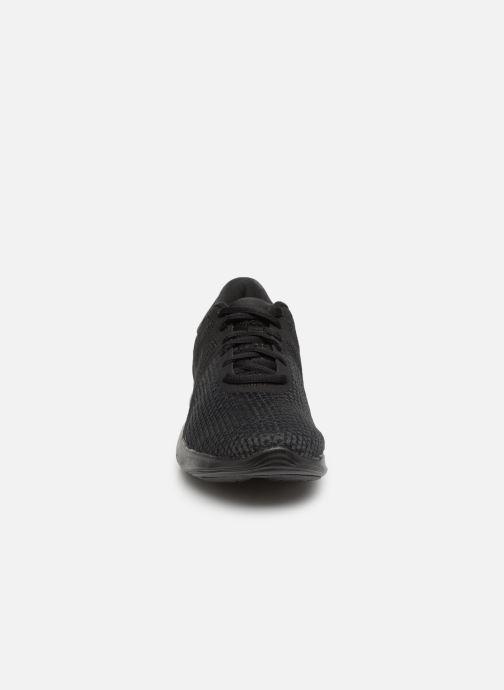 Scarpe sportive Nike Wmns Nike Revolution 4 Eu Nero modello indossato