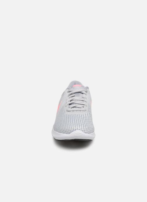 Chaussures de sport Nike Wmns Nike Revolution 4 Eu Gris vue portées chaussures