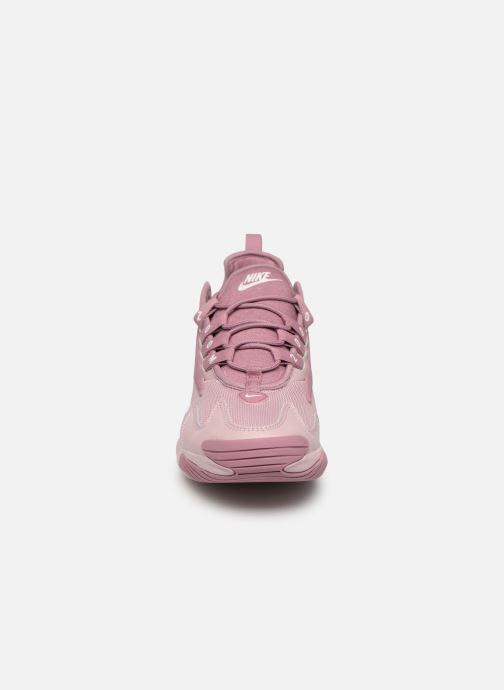 Sneakers Nike Wmns Nike Zoom 2K Rosa bild av skorna på