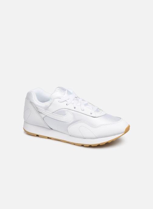 online store de24f 24bc0 Baskets Nike W Nike Outburst Blanc vue détail paire. Baskets Nike W Nike  Outburst Blanc vue portées chaussures