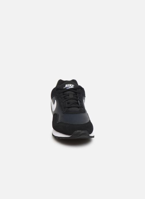 Baskets Nike W Nike Outburst Noir vue portées chaussures