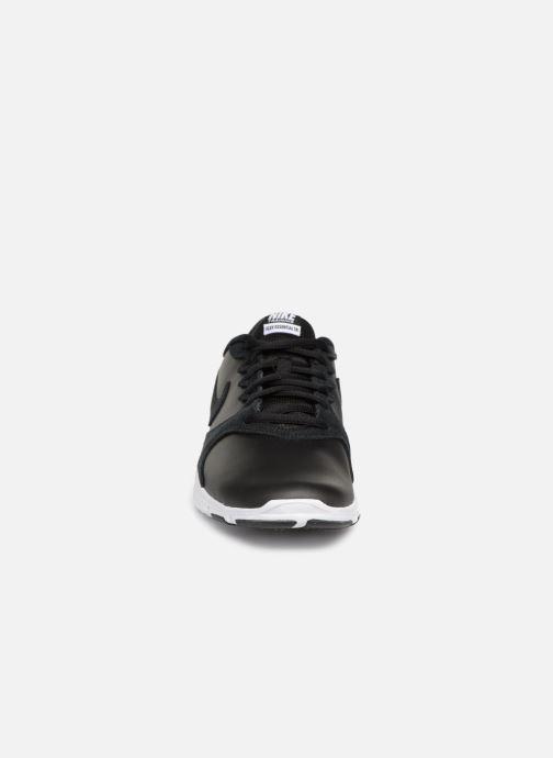 Scarpe sportive Nike Wmns Nike Flex Essential Tr Lt Nero modello indossato