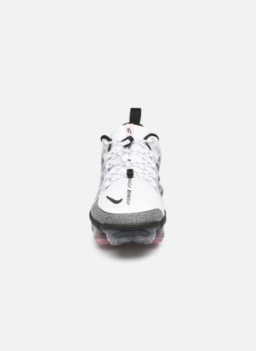 Deportivas Nike W Nike Air Vapormax Run Utlty Gris vista del modelo