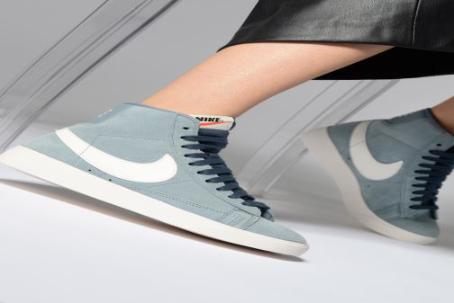 Sneakers Nike W Blazer Mid Vintage Suede Grigio immagine dal basso