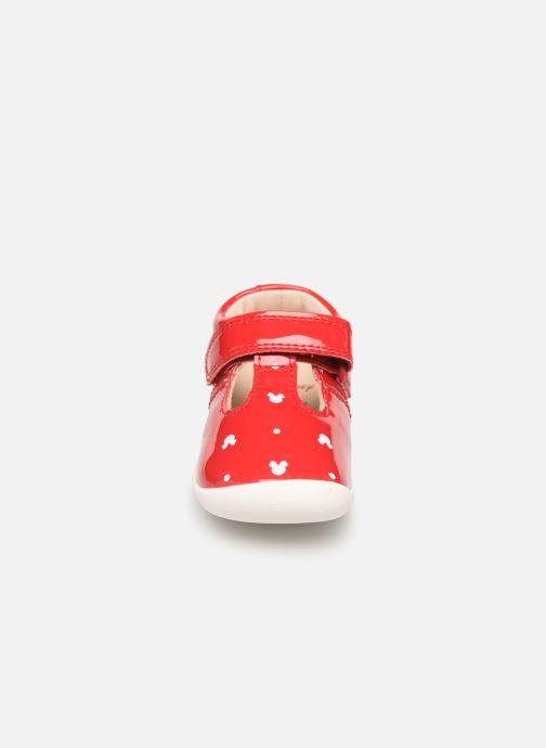 Ballerines Clarks Roamer x Minnie Rouge vue portées chaussures