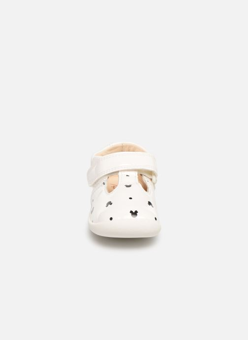 Ballerines Clarks Roamer x Minnie Blanc vue portées chaussures