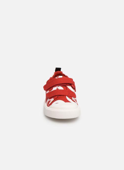 Baskets Clarks City PolkaLo x Minnie Rouge vue portées chaussures